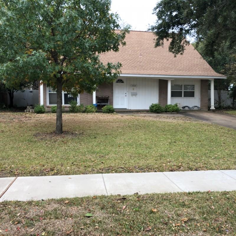 Lawn care service  in Carrollton TX